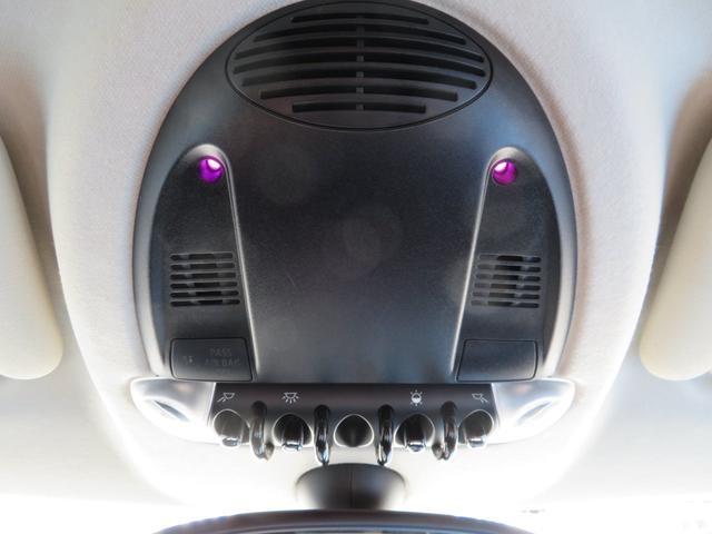 クーパー クロスオーバー 社外ナビTV ETC キセノンライト フォグランプ 純正17インチアルミ キーレス プッシュ式スタート ルーフレール(39枚目)