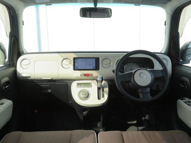 ココアプラスXスペシャルコーデ 純正SDナビ フルセグTV Bluetooth スマートキー エコアイドル クリアテール フォグランプ ルーフレール ウインカーミラー 専用シート ベンチシート(11枚目)