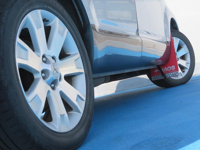 G ナビパッケージ 4WD JAOSマッドガード シートヒーター 純正HDDナビ フルセグTV ミュージックサーバー フロント&サイド&バックカメラ ETC パドルシフト 両側パワースライド キセノン タイミングチェーン(10枚目)