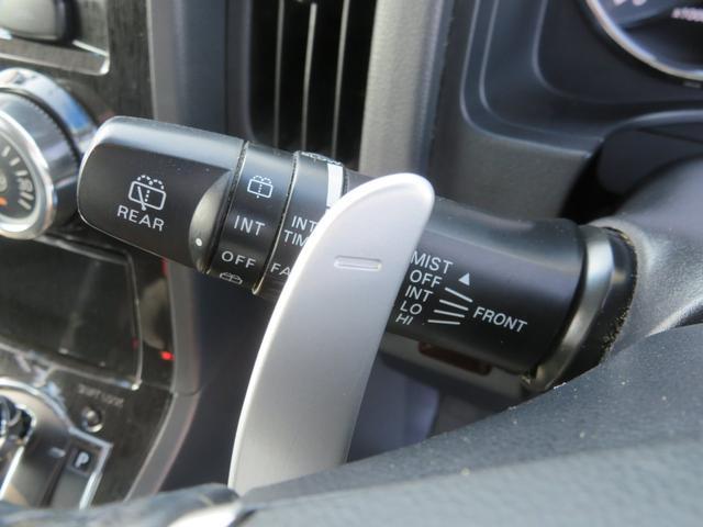 G ナビパッケージ 4WD JAOSマッドガード シートヒーター 純正HDDナビ フルセグTV ミュージックサーバー フロント&サイド&バックカメラ ETC パドルシフト 両側パワースライド キセノン タイミングチェーン(37枚目)