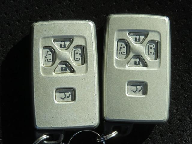 2.4Z プラチナムセレクション 車高調 純正アルミ ストラーダナビ フルセグTV Bluetooth 後席モニター バックカメラ ETC パワーバックドア 両側パワースライド スマートキー ウッド調コンビハン タイミングチェーン(37枚目)