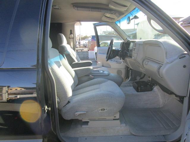「シボレー」「シボレー タホスポーツ」「SUV・クロカン」「静岡県」の中古車13