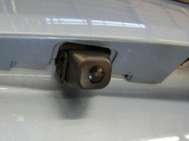 G ワンオーナー ABS エアバッグ オートクルーズコントロール 盗難防止装置 バックカメラ ETC ミュージックプレイヤー接続可 CD スマートキー キーレス フル装備 HIDヘッドライト オートマ(9枚目)