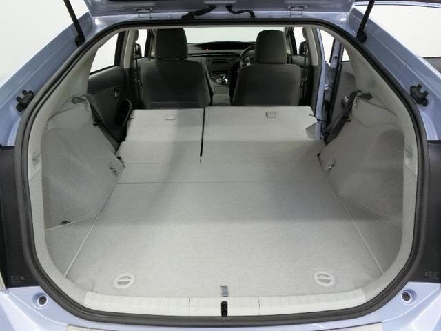 S ハイブリッド ワンオーナー 安全装備 横滑り防止機能 ABS エアバッグ オートクルーズコントロール 盗難防止装置 ETC CD スマートキー キーレス フル装備 アルミホイール オートマ 記録簿(13枚目)