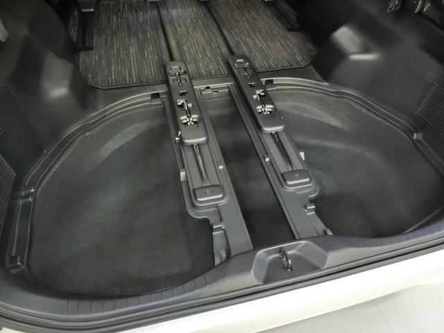 2.5S Cパッケージ ワンオーナー サンルーフ 電動シート 安全装備 衝突被害軽減システム 横滑り防止機能 ABS エアバッグ オートクルーズコントロール 盗難防止装置 バックカメラ 後席モニター ETC CD キーレス(33枚目)