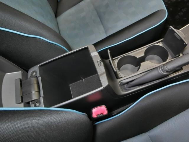 トヨタ カローラフィールダー 1.5X ライト エアロ HID アルミ 純正ナビ