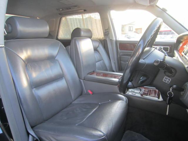 標準仕様車 デュアルEMVパッケージ黒革シート(10枚目)