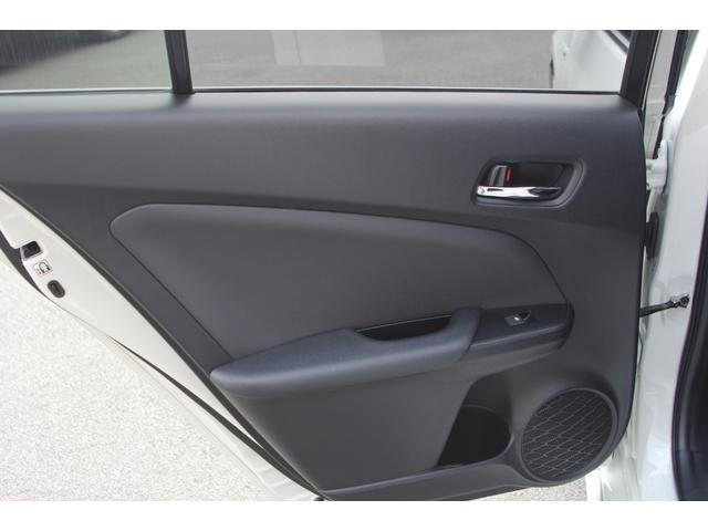 S WALDエアロパーツ WALDリアスポイラー WORKエモーションCR2P18インチ フルタップ式車高調 アルパインX9V大型ナビ ETC 社外コンビハンドル ドラレコ 革調シートカバー フロアマット(44枚目)