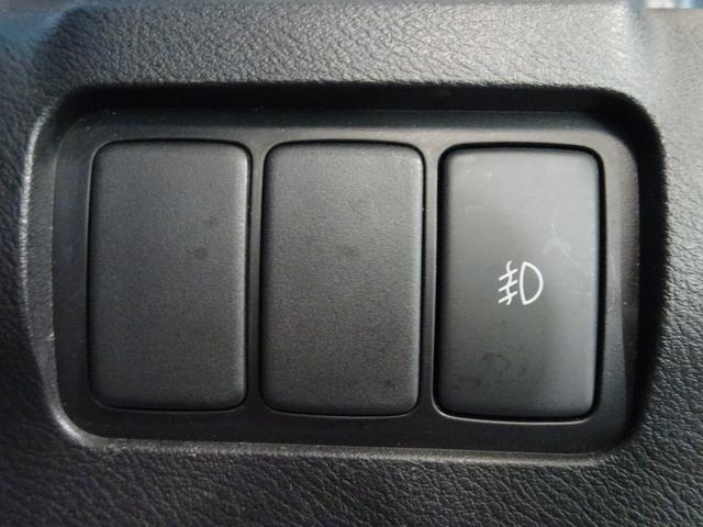 CD MD ドライブレコーダー ETC スマートキー 電格ミラー 純正アルミ 大型のドアバイザー ウィンカーミラー HID フォグ プライバシーガラス オートAC アームレスト ベンチシート(28枚目)