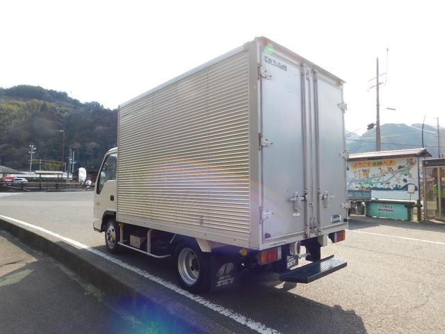 いすゞ エルフトラック 2t アルミバン 全低床