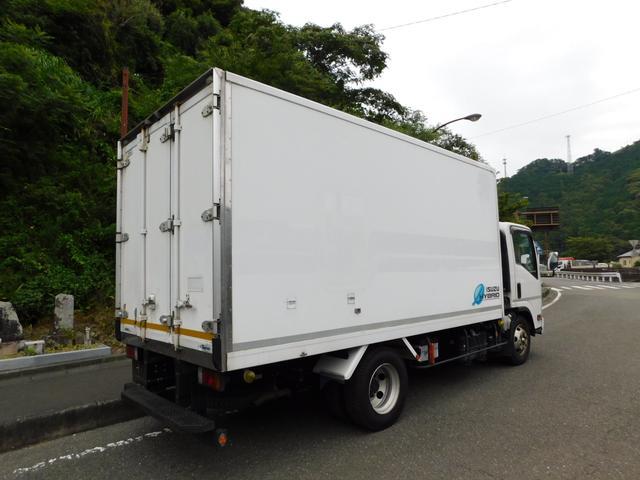 中温冷蔵冷凍車ワイドロングハイブリット(3枚目)
