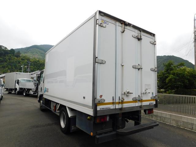 2.95t冷蔵冷凍車ワイドロングハイブリット(4枚目)