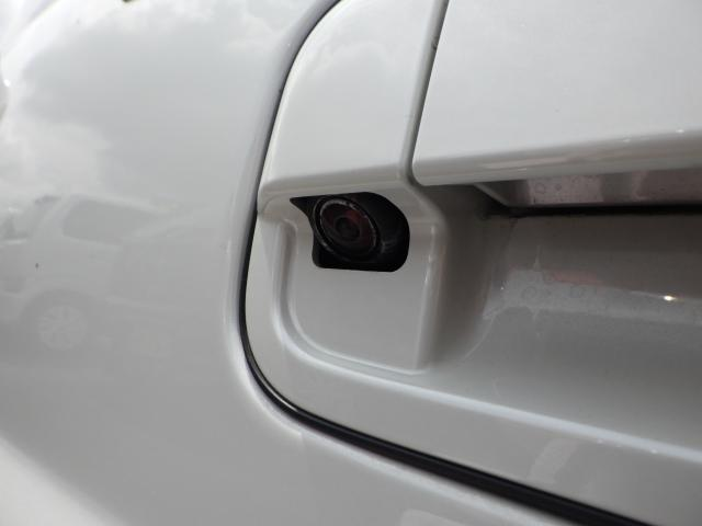 ホワイトエディション 全方位モニター用カメラパッケージ装着車(15枚目)