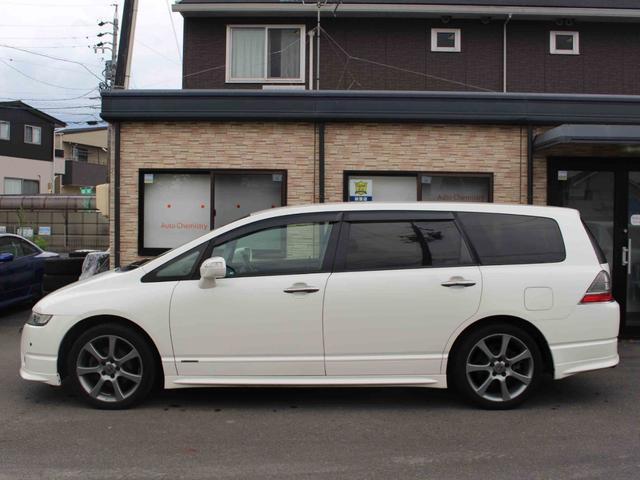 気になる燃費は11.0km/L(10.15モード)。ちなみにこちらのお車はハイオクガソリンです。