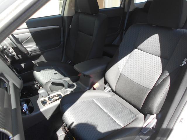 三菱 アウトランダー 24Gセーフティパッケージ 4WD フルセグメモリーナビ