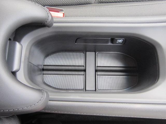 「ホンダ」「ヴェゼル」「SUV・クロカン」「静岡県」の中古車37