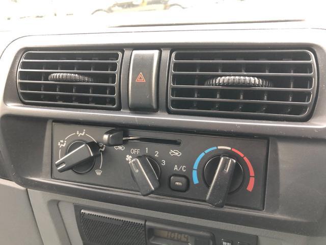 【エアコン付き】車内を快適に保つエアコン付き!