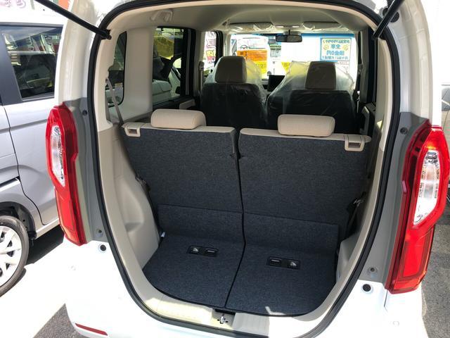ラゲッジルームは、大容量のスペースを確保。様々なものがつめて、ドライブも楽しくなりますね。