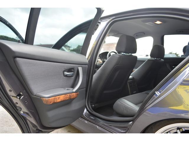 BMW BMW 320i 車高調 19AW リップスポイラ 社外テール ナビ