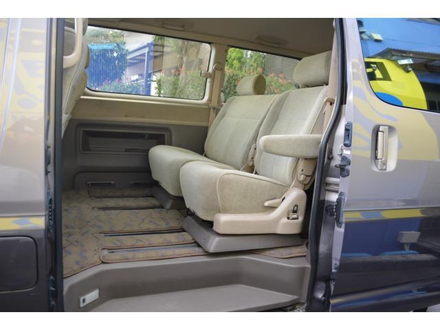 トヨタ グランビア G ナビ Bカメラ ETC 4WD