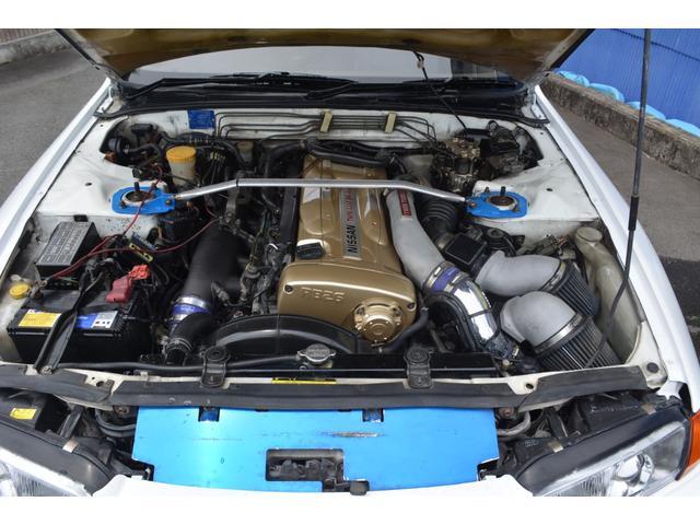 エンジンや車両詳細はお気軽にお問い合わせください。エンジンルームも綺麗!整備もお任せ下さい!自社工場で点検整備します!当社の工場は中部運輸支局認証整備工場ですのでご安心下さい!バッチリ整備致します。