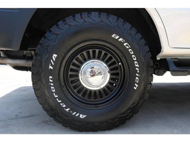 2.7 TX リミテッド 4WD 丸目換装 ペッパーホワイト(18枚目)