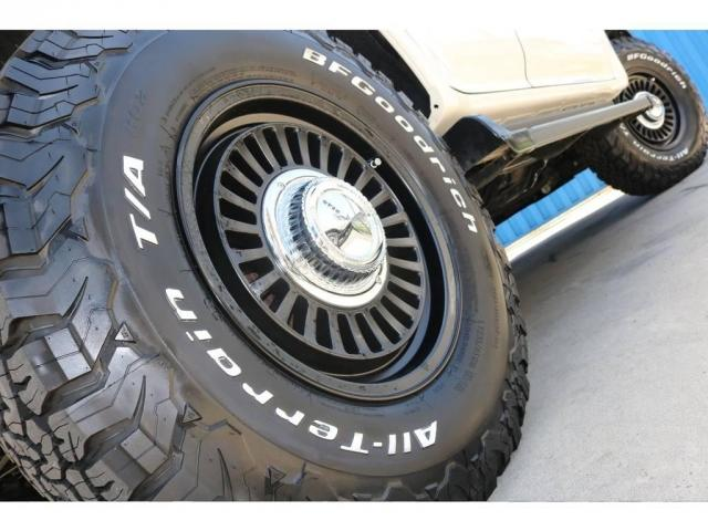 2.7 TX リミテッド 4WD 丸目換装 ペッパーホワイト(19枚目)