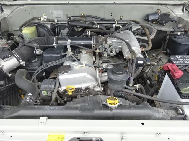 2700ccのエンジンは耐久性に優れております。