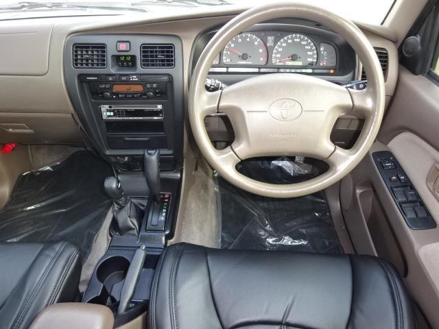 新品ブラックシートカバー付き。最新のナビの取り付けもお任せ下さい。