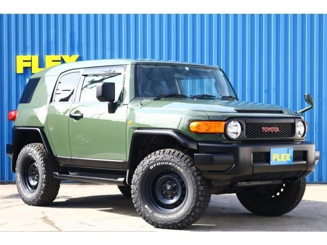 FJクルーザーと言えば、ポップなカラーが似合うお洒落な4WDです。