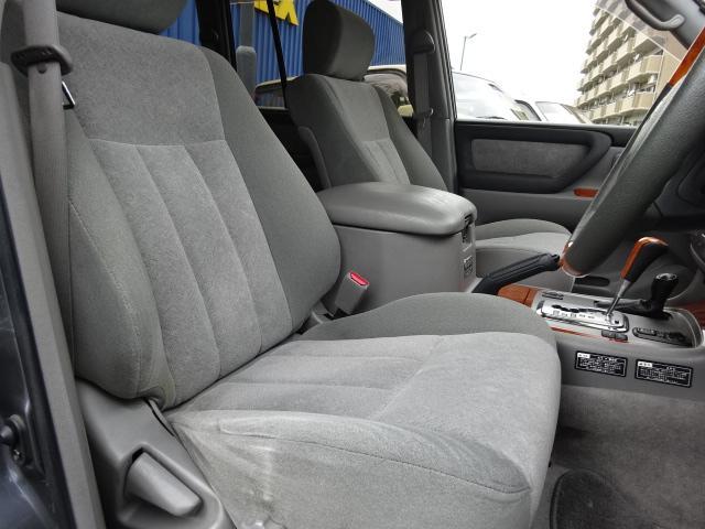 「トヨタ」「ランドクルーザー100」「SUV・クロカン」「静岡県」の中古車8