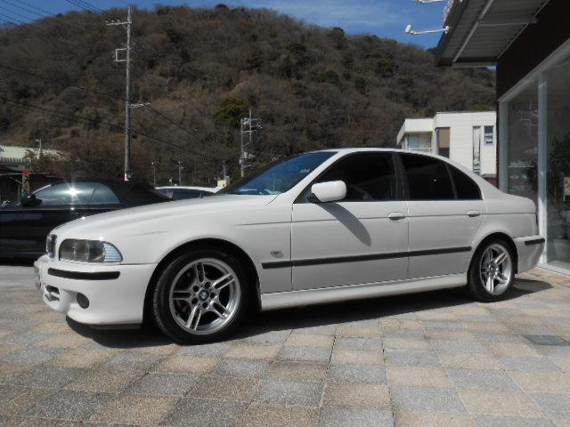 BMW BMW 525iMスポーツ サンルーフ HDDナビ フルセグTV