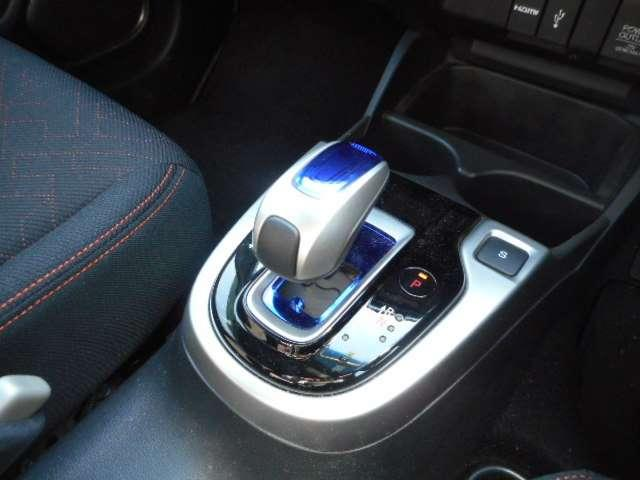 ホンダ フィットハイブリッド Sパッケージ LEDヘッドライト 純正メモリーナビ