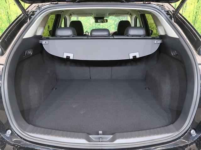 XD ブラックトーンエディション 登録済未使用車 純正10.2インチナビTV 全周囲カメラ 衝突軽減システム レーダークルーズ シートヒーター LEDライト 電動リアゲート 専用ハーフレザーシート パワーシート 専用19インチAW(17枚目)
