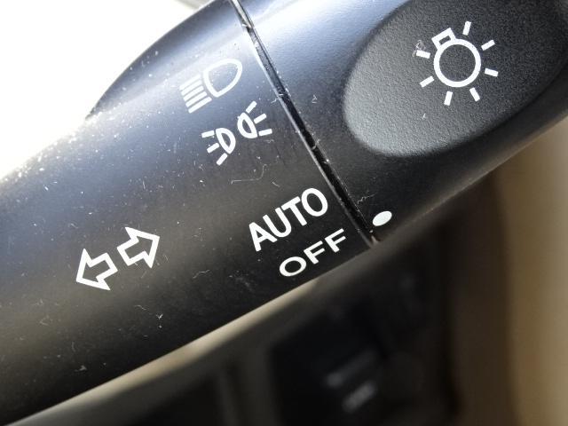 E 純正SDナビ ETC ワンセグ オートライト オートエアコン 電動格納ミラー シートカバー スペアタイヤ有り ベンチシート(17枚目)