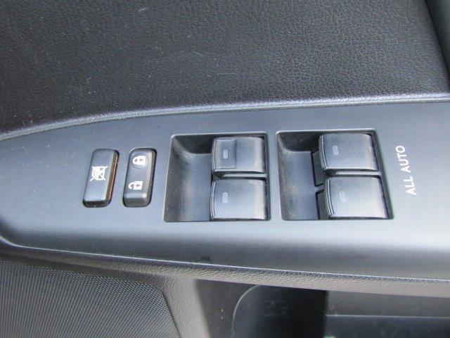 CT200h バージョンL 1年保証付 LEDヘッドライト HDDナビ レザーシート オートライト バックカメラ スマートキー コーナーセンサー CD・DVD再生 フルセグ ETC プッシュスタート パワーシート シートヒーター(16枚目)