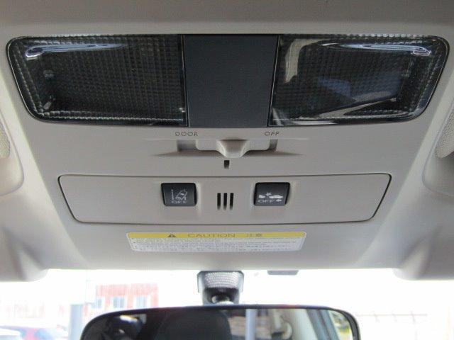 1.6GT-Sアイサイト 1年保証付 衝突軽減ブレーキ LEDヘッドライト HDDナビ レーンアシスト バックカメラ Bluetooth スマートキー フルセグ CD・DVD再生 ETC クルーズコントロール プッシュスタート(13枚目)