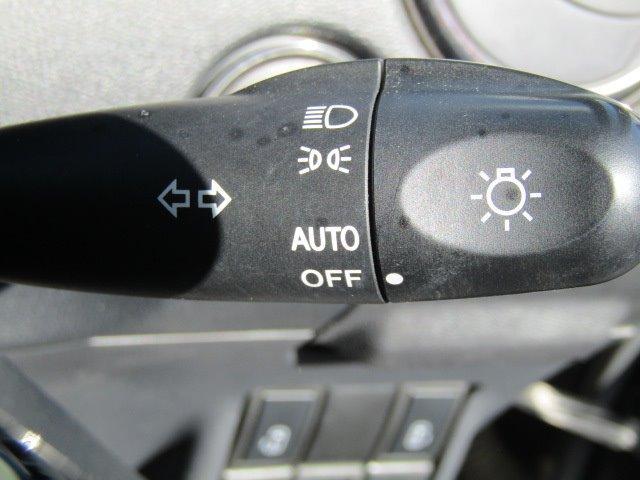 ハイウェイスターターボ 1年保証付 両側パワースライドドア HDDナビ ワンオーナー スマートキー HIDヘッドライト オートライト バックカメラ CD・DVD再生 オートエアコン ETC 電動格納ミラー タイミングチェーン(9枚目)