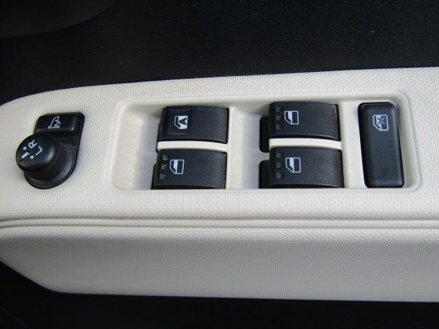 ココアプラスX 1年保証付 車検令和4年9月迄 走行77千km 14インチアルミ スマートキー CD再生 ルーフレール 電動格納ミラー ベンチシート タイミングチェーン 運転席・助手席エアバック ABS エアコン(9枚目)