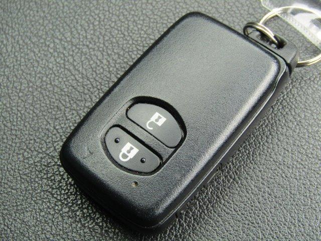 S 1年保証付 車検令和4年8月迄 エアロ LEDヘッドライト HDDナビ Bluetooth バックカメラ オートライト スマートキー CD・DVD再生 地デジTV ETC 社外マフラー オートエアコン(16枚目)