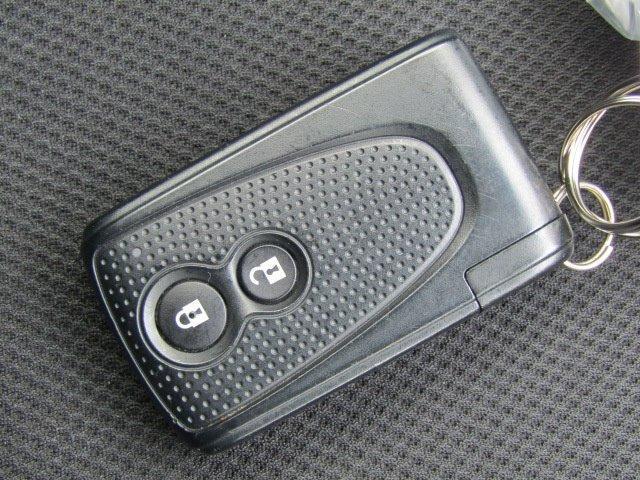 カスタムR スマートアシスト 1年保証付 衝突軽減ブレーキ LEDヘッドライト SDナビ バックカメラ スマートキー 地デジTV CD再生 アイドリングストップ プッシュスタート 14インチ純正アルミ 電動格納ミラー ベンチシート(8枚目)