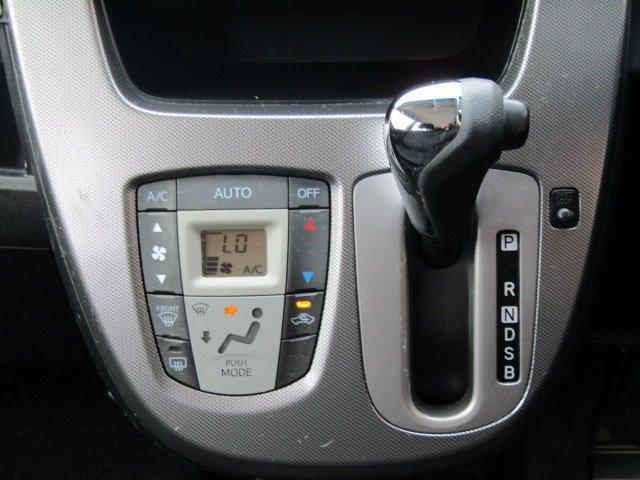 カスタムR スマートアシスト 1年保証付 衝突軽減ブレーキ LEDヘッドライト SDナビ バックカメラ スマートキー 地デジTV CD再生 アイドリングストップ プッシュスタート 14インチ純正アルミ 電動格納ミラー ベンチシート(9枚目)