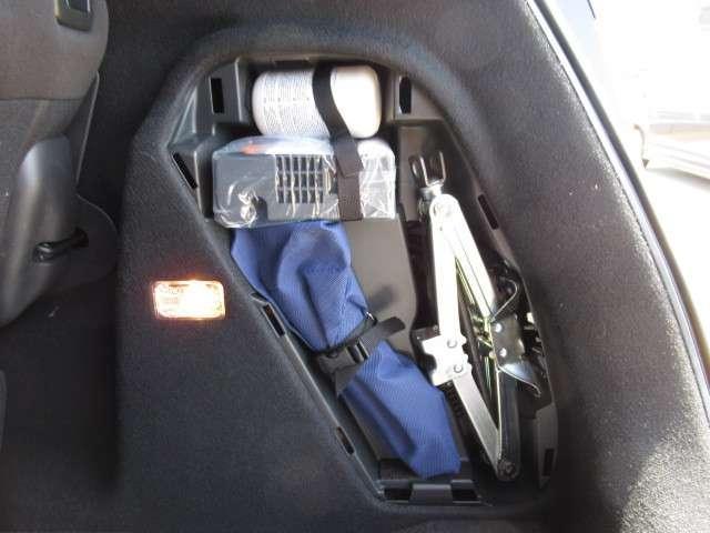 S ホンダセンシング 8インチナビ リアカメラ DVD再生 フルセグTV LEDヘッドライト LEDフォグ コンフォートビューパッケージ パドルシフト サイドカーテンエアバッグ ETC スマートキー 16インチアルミ(11枚目)
