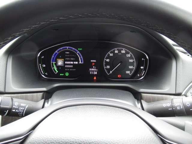 2.0EX ナビ リアカメラ ヘッドアップディスプレイ 4席ヒーター付レザーシート ガラスサンルーフ ワイヤレス充電 サイドカーテンエアバッグ コーナーセンサー LEDヘッドライト・フォグ 18アルミ センシング(17枚目)