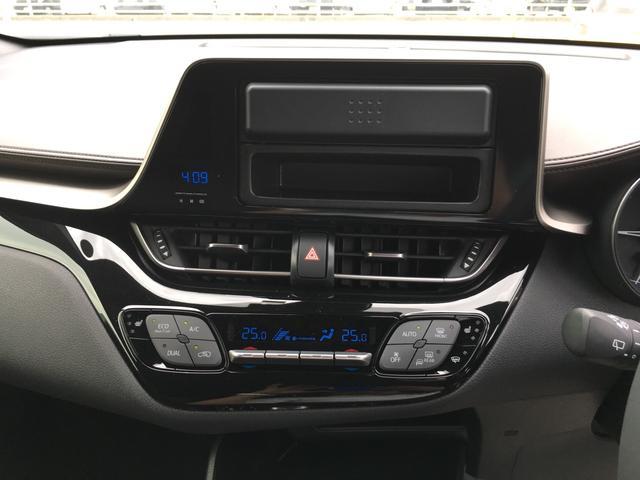 トヨタ C-HR G-T 届出済未使用車 4WD 純正アルミ シートヒーター