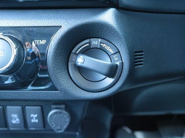 トヨタ ハイラックス ディーゼル Z 未登録 新品SDTV Bカメラ セーフティS