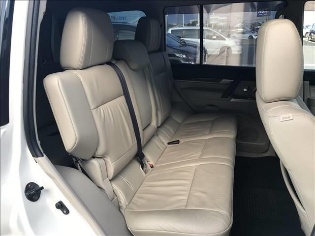 ロング スーパーエクシード ディーゼル SUPER EXCEED 4WD クルーズコントロール ETC キーレス サンルーフ HID ヘッドライトランプ オートライト パワーシート AC100V シートヒーター 革シート(10枚目)