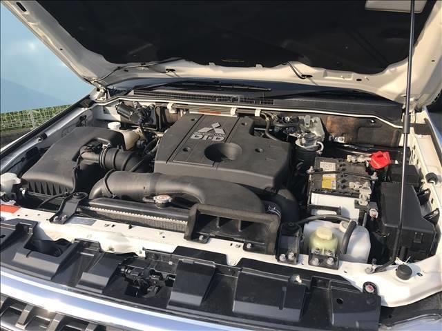 ロング スーパーエクシード ディーゼル SUPER EXCEED 4WD クルーズコントロール ETC キーレス サンルーフ HID ヘッドライトランプ オートライト パワーシート AC100V シートヒーター 革シート(12枚目)