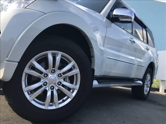 ロング スーパーエクシード ディーゼル SUPER EXCEED 4WD クルーズコントロール ETC キーレス サンルーフ HID ヘッドライトランプ オートライト パワーシート AC100V シートヒーター 革シート(13枚目)