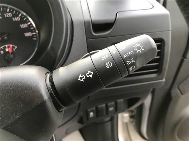 20GT S SDナビ バックカメラ ETC インテリキ― 純正アルミホイール HIDヘッドライト フォグランプ 4WD 後期 サイドバイザー パワーステアリング パワーウィンドウ エアコン(8枚目)